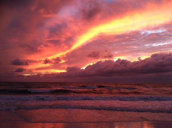 Marriott's Crystal Shores: great sunsets