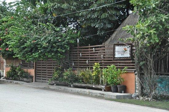 Secret Garden Hotel: Entrada al paraíso :)