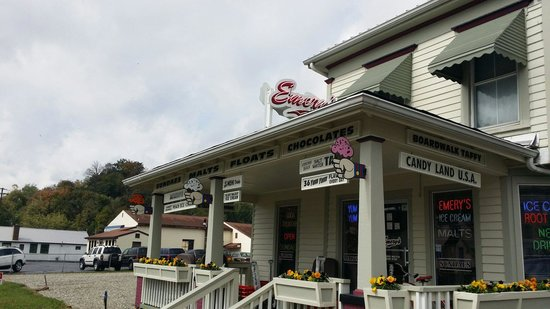 Emery's Ice Cream: Best icecream parlor in southern indiana well worth the trip.... I am a returning customer for y