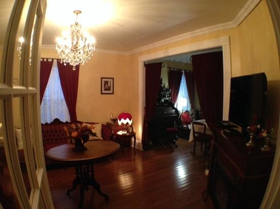 Stacey House B&B: Sitting room