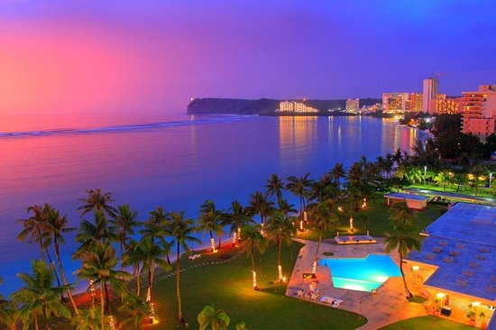 Fiesta Resort Guam: 11.07.2014. Вид на закатное зарево после дождя с балкона номера.