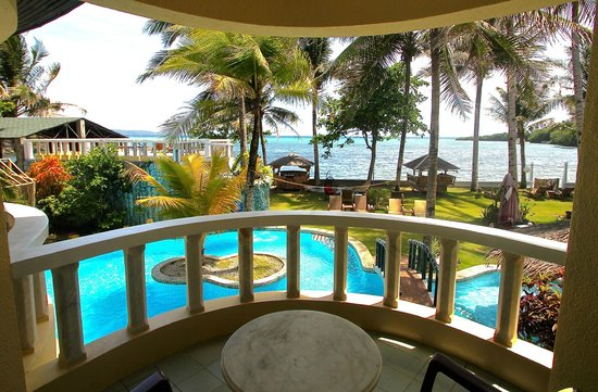 Paradise Bay Beach & Watersport Resort: balcony w/sea view