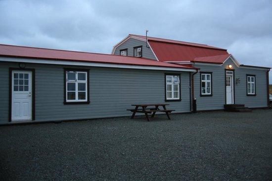 Ensku Husin Guesthouse: An outside view