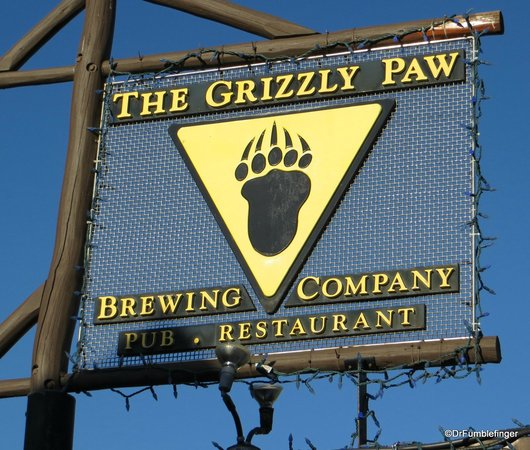 The Grizzly Paw Brewing Company: Street Sign, Grizzly Paw
