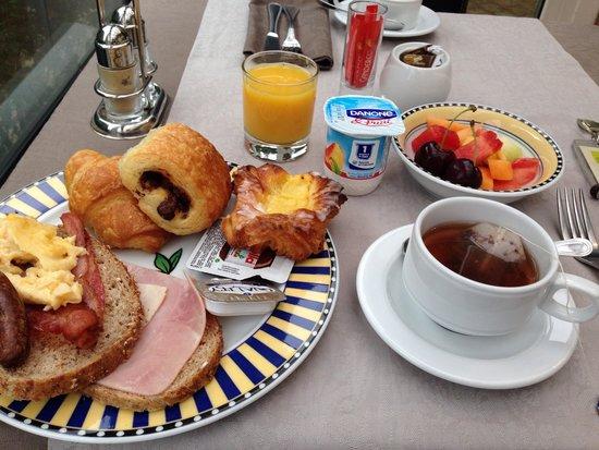 Hotel Het Gheestelic Hof: 美味しい朝食