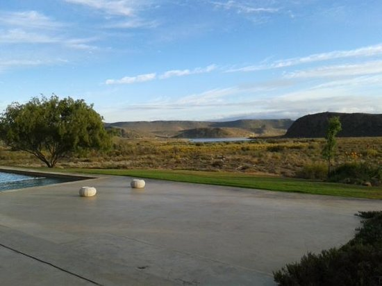 Sanbona Game Reserve - Gondwana Lodge: The view from the restaurant
