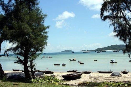 Tỉnh Quảng Ninh, Việt Nam: Coto island