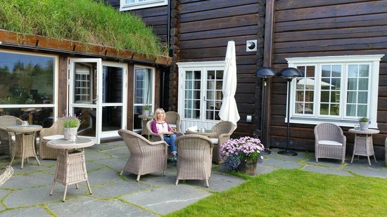 Storfjord Hotel: Pastoral place