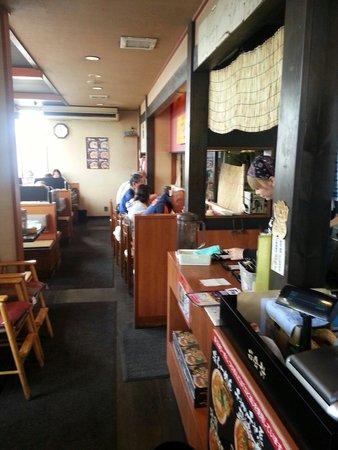 Hakodate Menya Ichimonji: 店内
