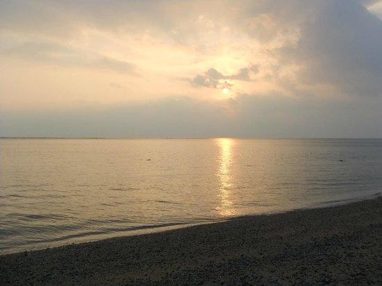 アーラ浜, アーラバマの夕陽