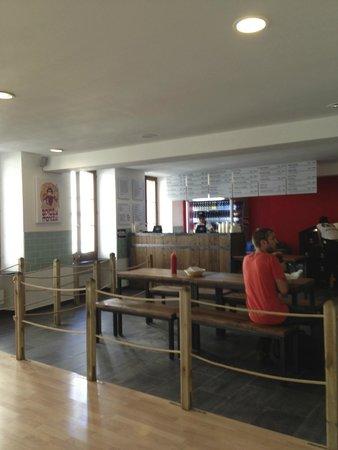 Holy Cow! Gourmet Burger Company- Cheneau De Bourg : caisse