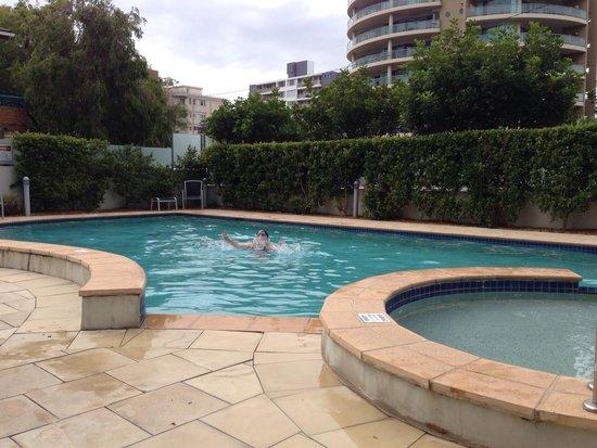 Sevan Apartments: Great pool