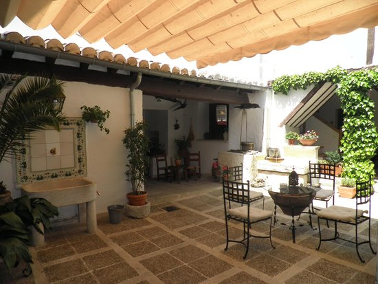 Casa Rural & Spa La Graja: Patio Interior La Graja