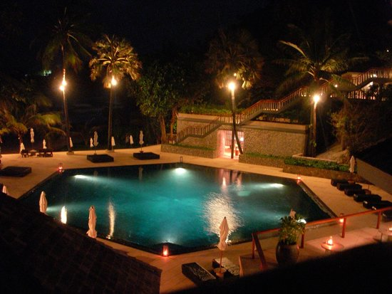The Surin Phuket: By the pool