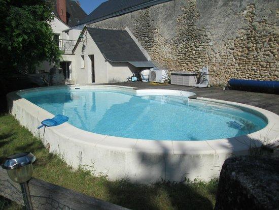 Savigne sur Lathan, Frankrig: Pool!