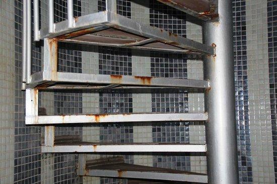 White Gold Hotel & Spa: Verroeste trap