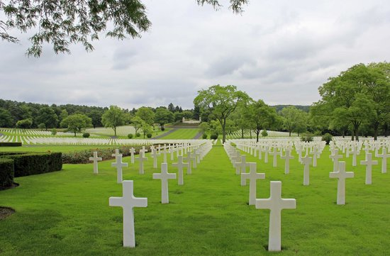 Novotel Saint Avold : Lorraine American War Cemetery and memorial buildings