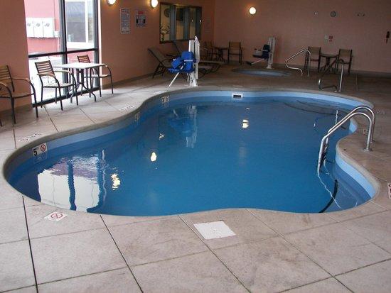 Baymont Inn & Suites Rapid City : Pool