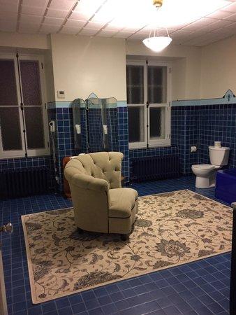 Le Manoir d'Auteuil: Bathroom 8