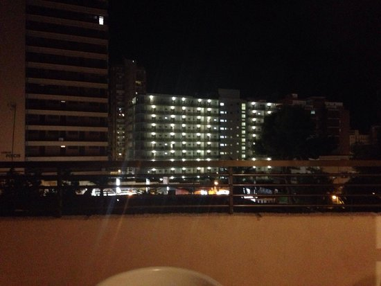 Halley Apartments: The view from 2nd floor at night. Better than in the day