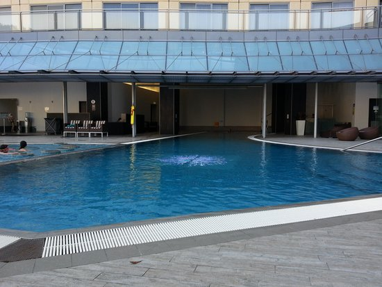 Astral Tower and Residences at The Star : Swimming Pool