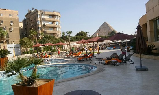 Pyramids casino madrid