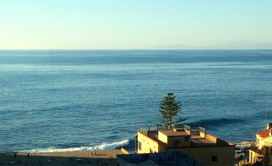 Grande Colonial La Jolla: View from our 4th floor ocean view suite