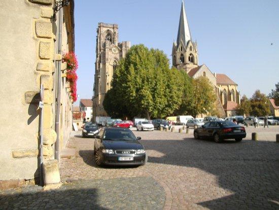 Au Relais d'Alsace: Centre ville Rouffach