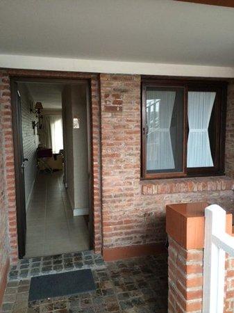 Carilo Soleil: Studio Apartment entrance