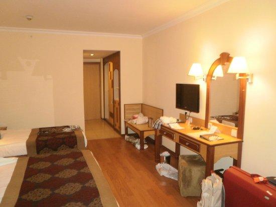 Grand Hotel Artside: Zimmer 4208 hat keine Zimmeraussicht - innen OK