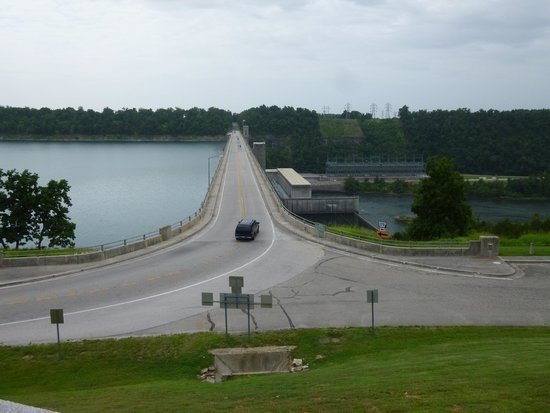 View of Bull Shoals dam