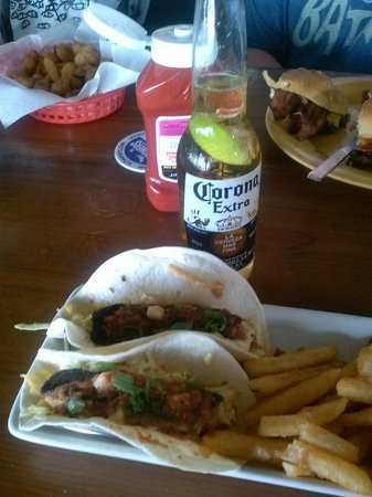 Best fish tacos on the beach picture of schooners for Best fish for fish tacos