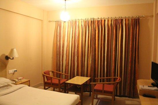 Hotel Surguru: Room - 2