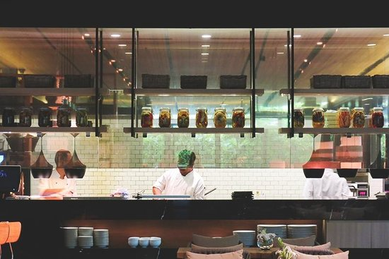 Ad Lib, Restaurant: Open Kitchen