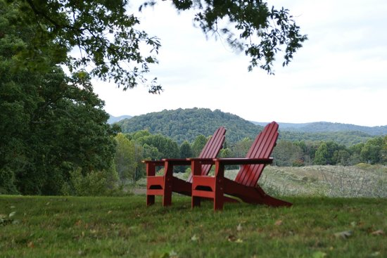 Fire Mountain Inn, Highlands, NC, which has many old growth trees  and scenic mountain views, qu