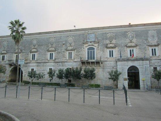 Basilica Santa Maria dei Miracoli : ex Monastero benedettino