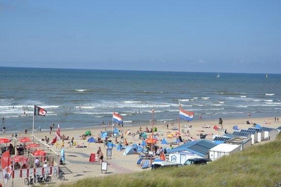 Strandhotel Noordzee: zicht op het strand