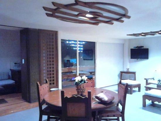 Amberes Suites : sala