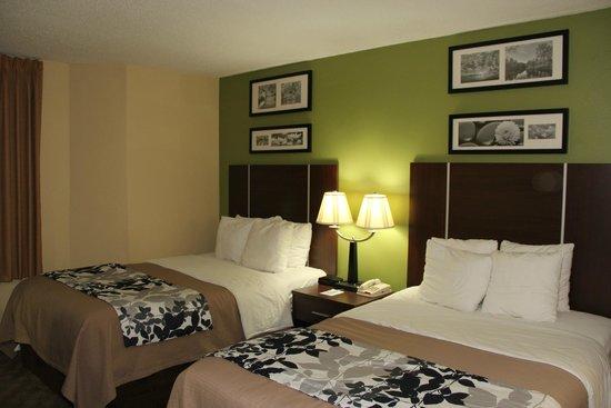 Sleep Inn West: Double bed room