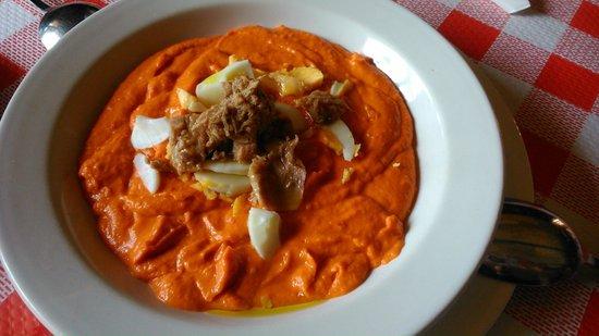 Restaurante Asador El Muelle : Salmorejo / Porra