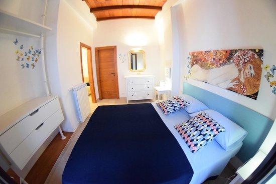 camera da letto con bagno privato indipendente - Foto di Casa ...
