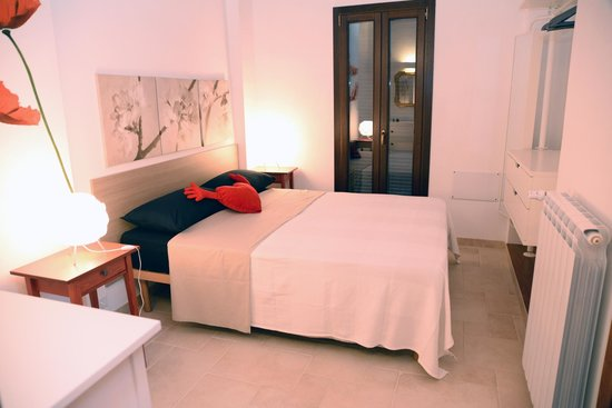 camera da letto matrimoniale con bagno privato - Foto di Casa ...