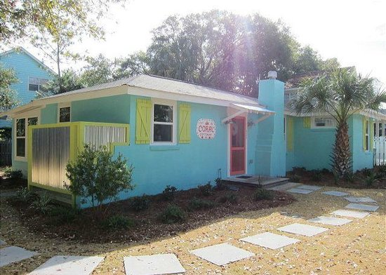 Tybee Cottages: Coral Cottage