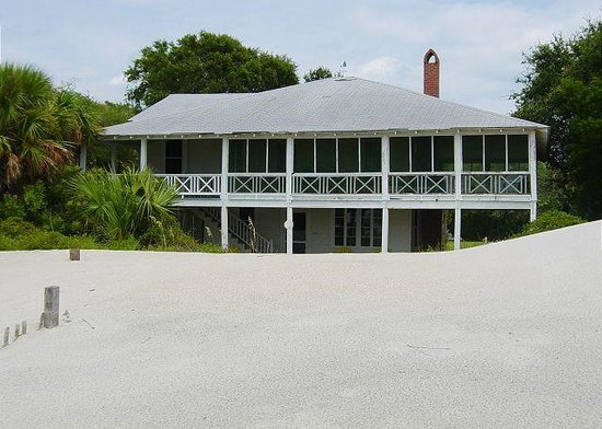 Tybee Cottages: The Swan Cottage