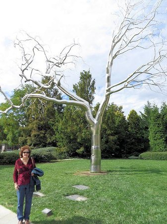 how to make a metal tree sculpture