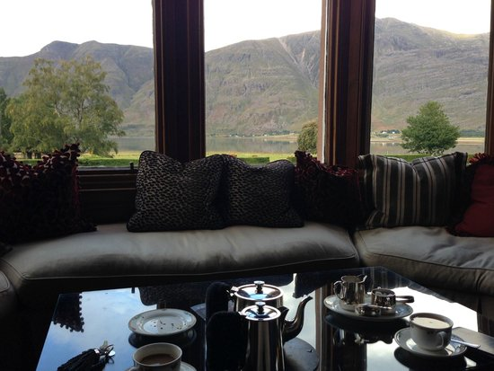 The Torridon : Tea in the Drawing Room