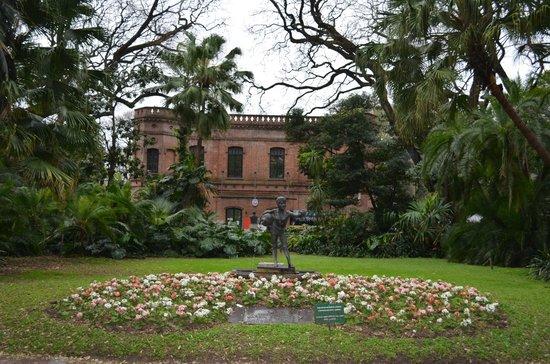 Edificio principal picture of jardin botanico buenos for Jardin principal location
