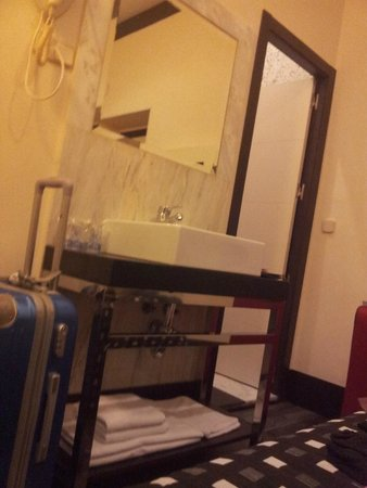 Hotel Alhambra Suites: View from the bed :)    (this is not the bathroom!)