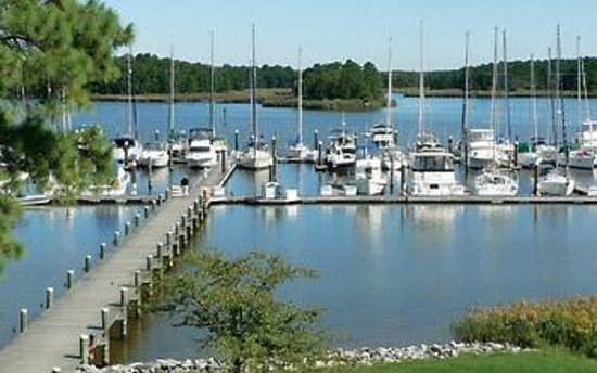 The Inn at Osprey Point: View of A & B Dock from the Inn