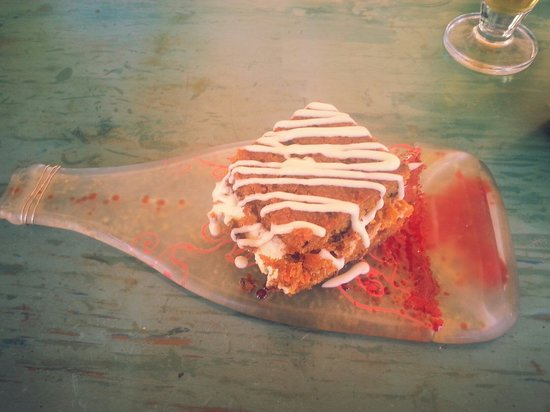 Le Papillion Cafe Grenada: Fantastic - Carrot Cake (all food homemade) Oct 2014